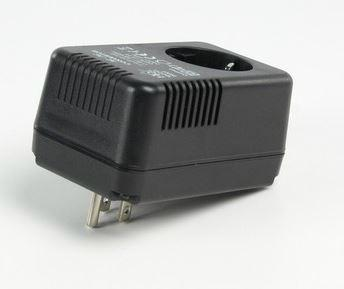 Omvormer 110V naar 230V - 45 Watt Maximaal vermogen: 45 Watt