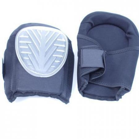 Kniebeschermers professioneel Set kniebeschermers met verstevigde voorzijde, dikkepolstering en bevestiging doormiddel van elastische banden met klittebandsluiting