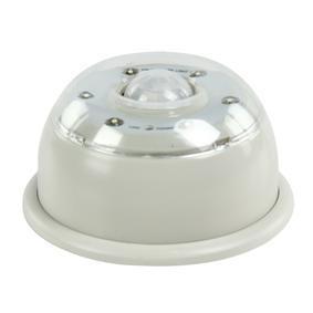 https://image.allekabels.nl/thumbnail/1077346-0/hq-led-ir-lamp-deze-led-lamp-is-uitgerust-met-een-ir-sensor-en-een-daglicht-sensor-om-de-6-leds-automatisch-aan-te-laten-gaan-de-magneten-aan-de-bovenkant-maken-het-mogelijk-de-lamp-gemakkelijk-te-bevestigen-de-lamp-waarschuwt-bovendien-wanneer-de-batterij-bijna-leeg-is.jpg